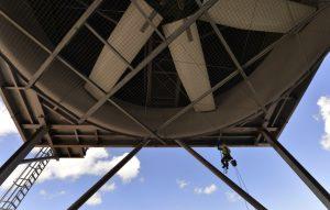 Maintenance work on the condenser fans